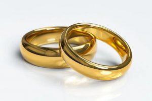 Comment nettoyer les bijoux en or?