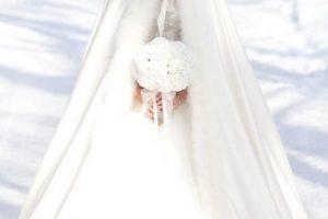 Comment choisir une robe de mariée en hiver ?